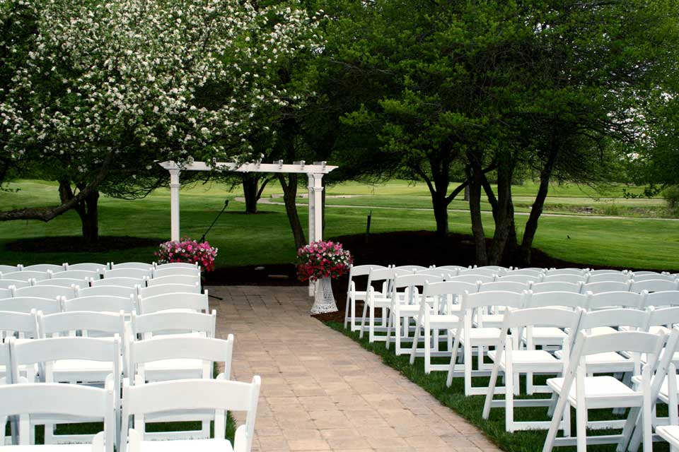 Wedding Site In Ann Arbor Outdoor Tent Ceremony